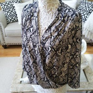 PRETTY SNAKESKIN Crossover BLOUSE BY INC